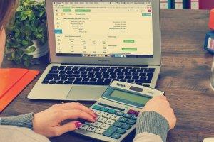 Jak zapłacić podatek i płatności za odpady kom